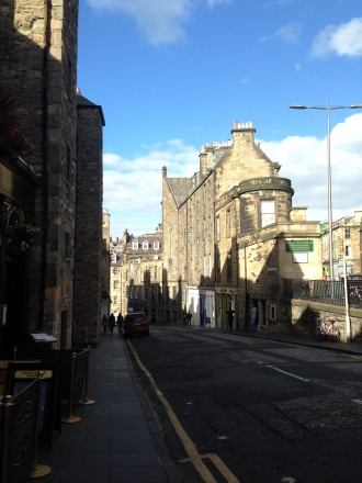 Edinburgh - Candlemaker Row